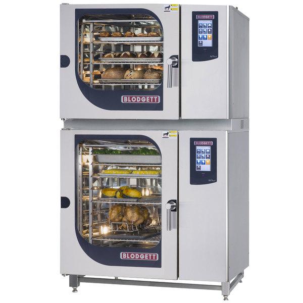 Blodgett BLCT-62-102G Liquid Propane Double Boilerless Combi Oven with Touchscreen Controls - 81,800 / 95,500 BTU