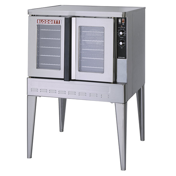 Blodgett ZEPHAIRE-200-G-NAT Natural Gas Single Deck Full Size Bakery Depth Roll-In Convection Oven - 45,000 BTU Main Image 1