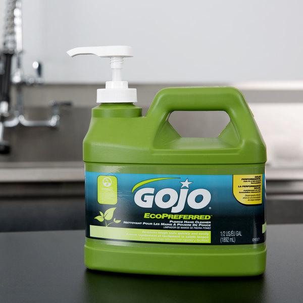 GOJO® 0937-04 1/2 Gallon EcoPreferred Pumice Hand Cleaner
