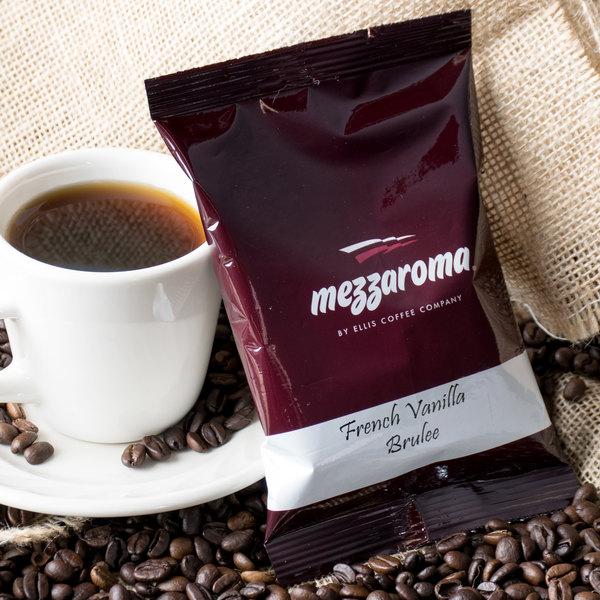 Ellis Mezzaroma French Vanilla Brulee Ground Coffee 2.5 oz. Packet - 24/Case