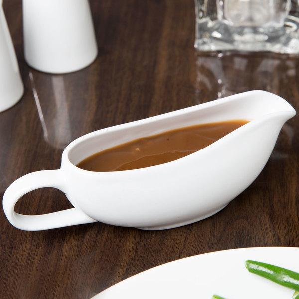 Syracuse China 911194507 Reflections 6 oz. Aluma White Porcelain Sauce Boat - 12/Case