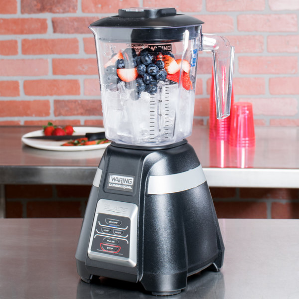 Waring BB320 Blade 48 oz. Bar Blender with Copolyester Container and Electronic Keypad Controls - 120V