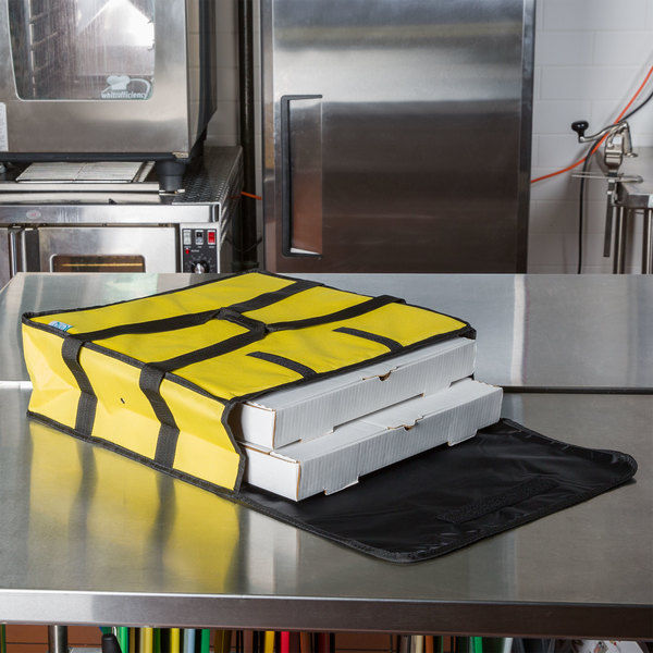 """Choice Soft-Sided Insulated Pizza Delivery Bag, Yellow Nylon, 18"""" x 18"""" x 5"""" - Holds Up To (2) 16"""" Pizza Boxes or (1) 18"""" Pizza Box"""