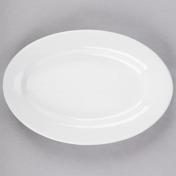 Acopa 9 3/8 inch x 6 1/2 inch Bright White Wide Rim Rolled Edge Oval China Platter - 24/Case