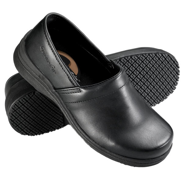 Genuine Grip 4330 Men's Size 10.5 Medium Width Black Non Slip Slip-On Leather Shoe