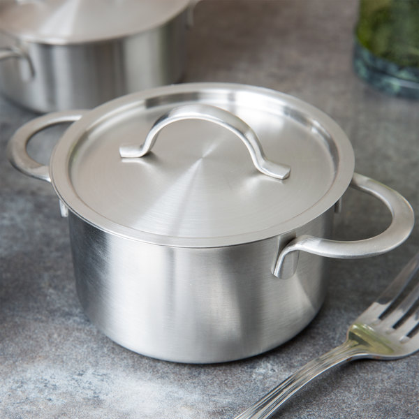 "Clipper Mill by GET 4-80999 6 1/2"" x 2 1/2"" Stainless Steel Mini Bistro Serving Pot with Satin Finish and Lid Main Image 9"