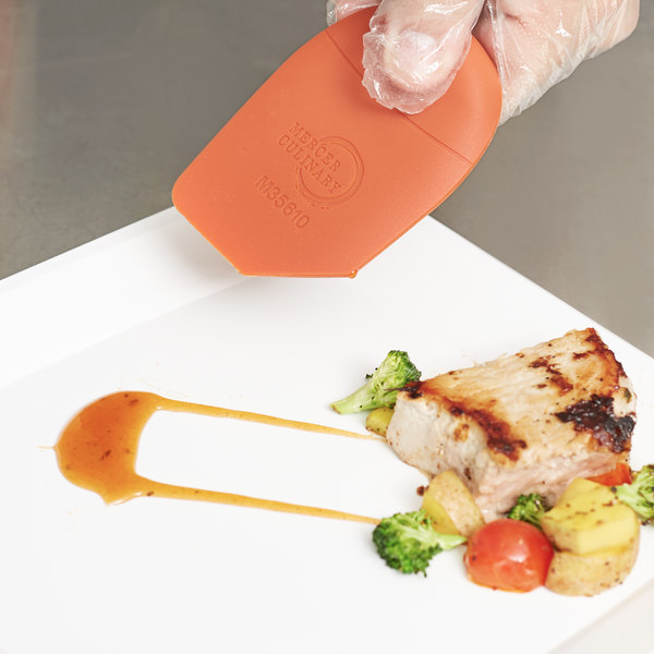 Mercer Culinary M35610 45 Degree Angle Silicone Wedge Plating Tool