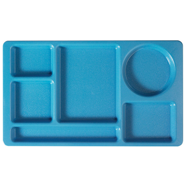 """Cambro 915CW168 Camwear (2 x 2) 8 3/4"""" x 15"""" Blue Six Compartment Serving Tray - 24/Case"""