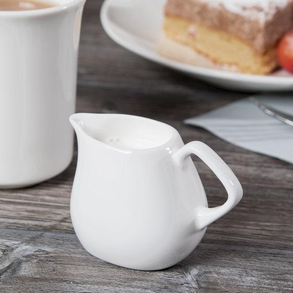 Syracuse China 905356128 Slenda Verve 3 oz. Royal Rideau White Porcelain Creamer - 12/Case
