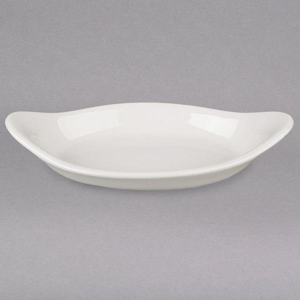 Hall China 5220AWHA 14 oz. Ivory (American White) Oval China Rarebit / Au Gratin Dish - 24/Case