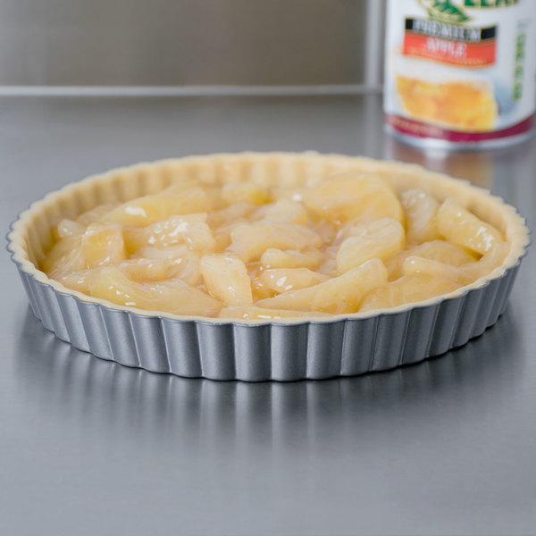 """Wilton 2105-450 Excelle Elite 11"""" x 1 1/8"""" Fluted Non-Stick Tart / Quiche Pan with Removable Bottom Main Image 3"""