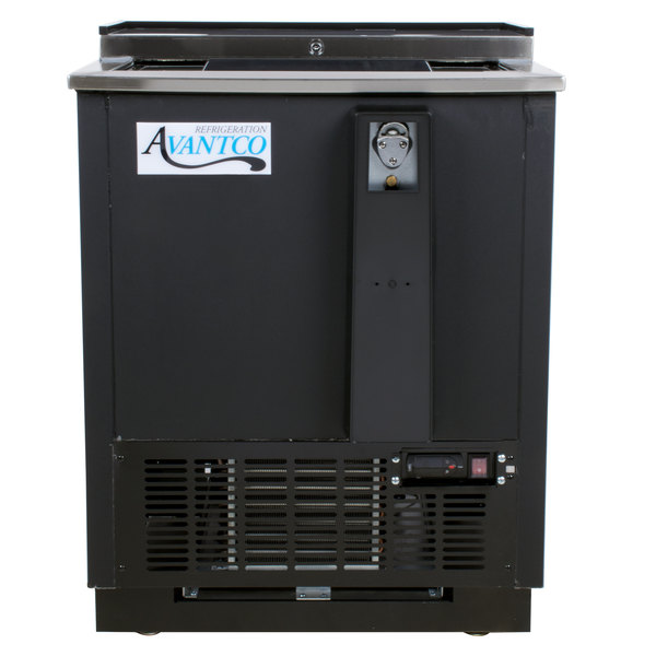 Avantco HBB-25-HC 25 inch Black Horizontal Bottle Cooler