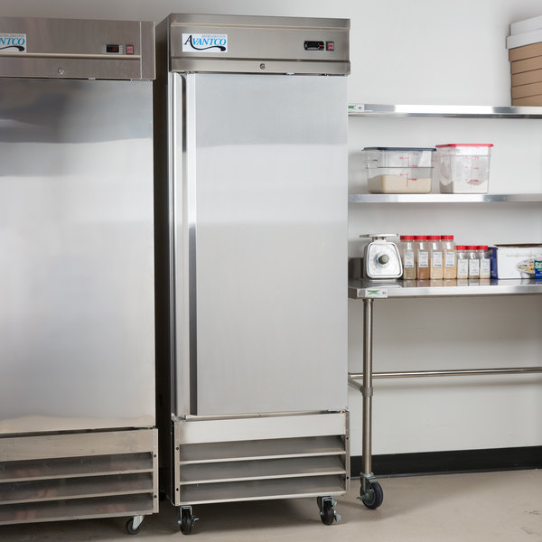 "Avantco SS-1R-HC 29"" Solid Door Reach-In Refrigerator Main Image 5"