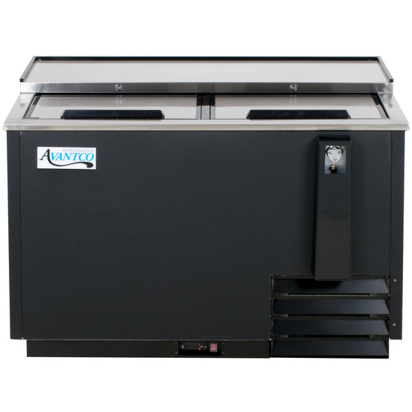 Avantco HBB-50-HC 50 inch Black Horizontal Bottle Cooler