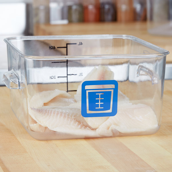 Rubbermaid 1980233 Color-Coded Clear 4 Qt. Square Food Storage Container with Blue Logo
