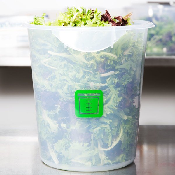 Rubbermaid 1980402 Color-Coded Translucent 8 Qt. Round Food Storage Container with Green Logo