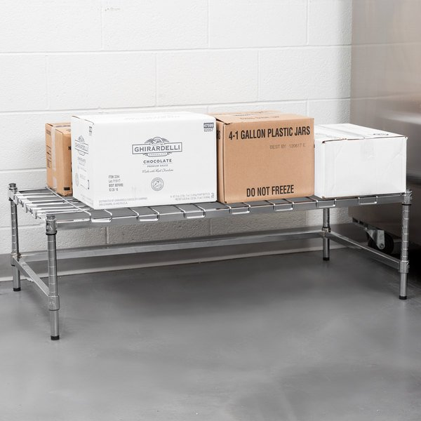 "Regency 24"" x 48"" Heavy-Duty Chrome Dunnage Rack with Mat Main Image 4"