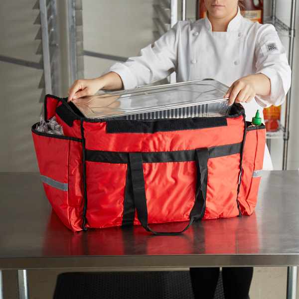 "ServIt Heavy-Duty Insulated Red Nylon Soft-Sided Food Delivery Bag / Pan Carrier, 22"" x 13"" x 16"" Main Image 4"