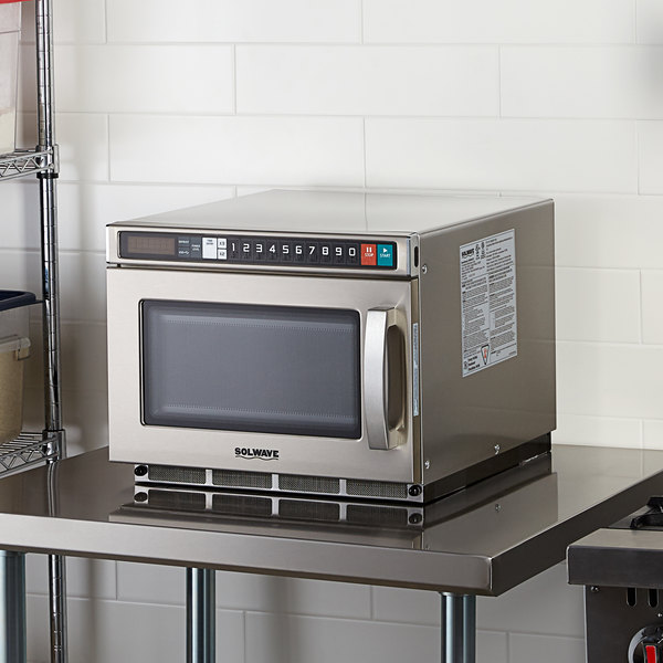 Solwave Space Saver Stainless Steel Heavy-Duty Commercial Microwave with USB Port - 208/240V, 2100W Main Image 3