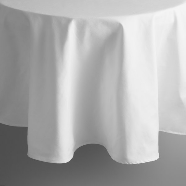 Intedge 90 Round White Hemmed Poly Cotton Tablecloth