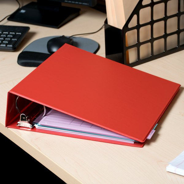 """Universal UNV30409 Red Economy Non-Stick Non-View Binder with 3"""" Round Rings Main Image 10"""