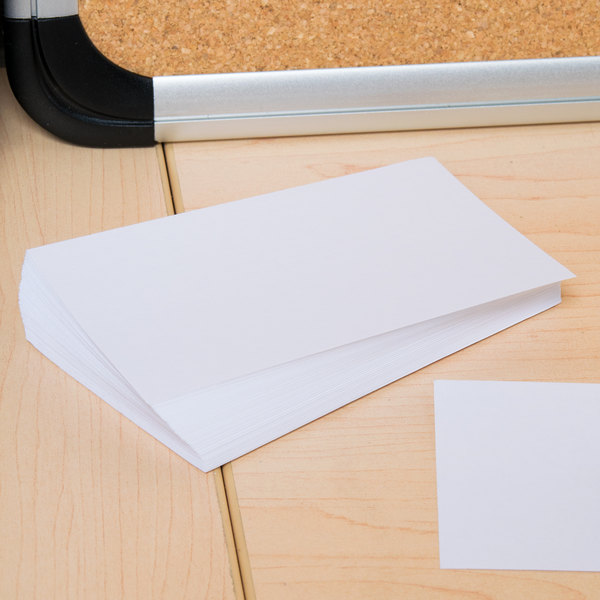 "Universal UNV47200 3"" x 5"" White Unruled Index Card - 100/Pack"