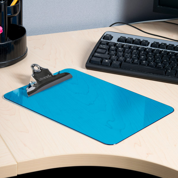 "Universal UNV40307 1"" Capacity 12"" x 8 1/2"" Blue High Capacity Clip Plastic Clipboard Main Image 5"