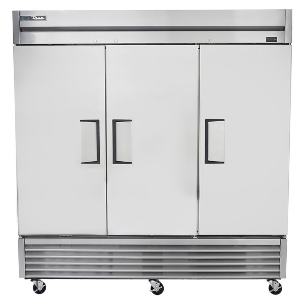 true t 72 3 door reach in refrigerator bottom mounted reach in true t 72 hc 78 1 8 solid door reach in refrigerator