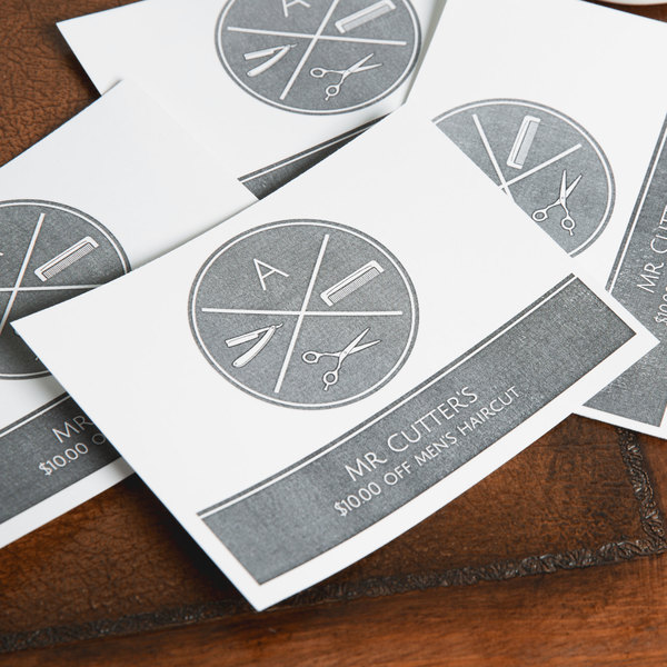 "Avery 5689 4 1/4"" x 5 1/2"" White Printable Postcards - 200/Box"