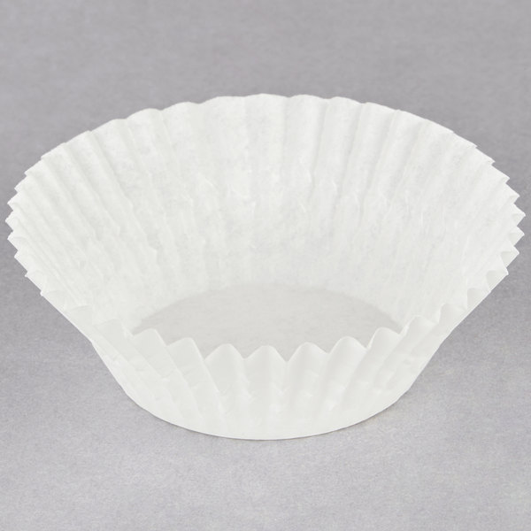 Hoffmaster 610011 1 1/2 inch x 1 inch White Fluted Baking Cup - 10000/Case