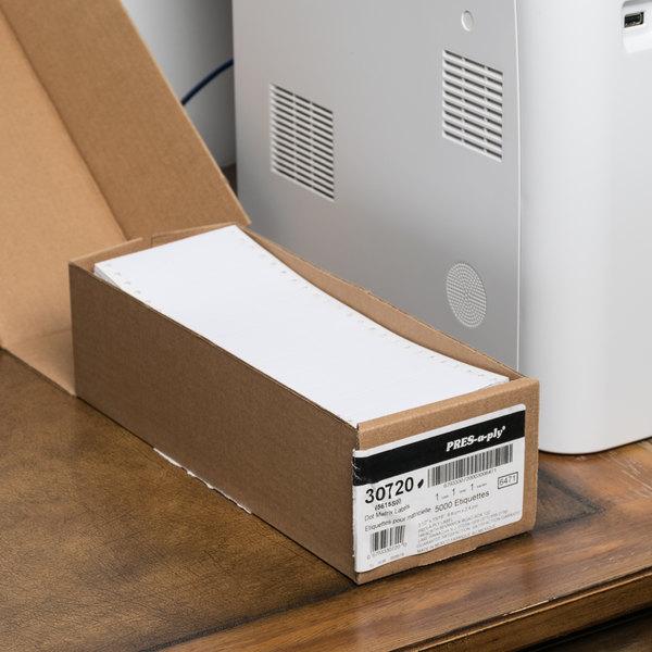 "Avery 30720 15/16"" x 3 1/2"" White Dot Matrix Address Labels - 5000/Case Main Image 4"