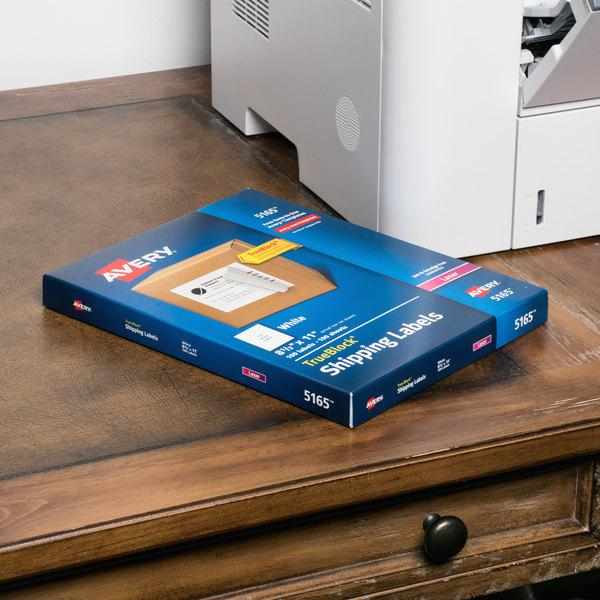 "Avery 5165 8 1/2"" x 11"" White Full Sheet Shipping Labels - 100/Box"