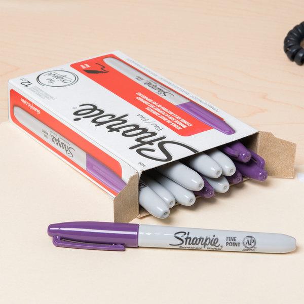 Sharpie 30008 Purple Fine Point Permanent Marker - 12/Pack