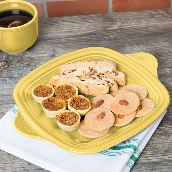 """Homer Laughlin 1456320 Fiesta Sunflower 10 3/4"""" Square Tray with Handles - 4/Case"""