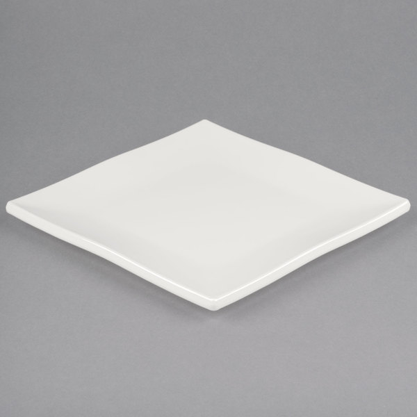 Bring a warm inviting atmosphere to your dining area without sacrificing style with this bone white melamine plate. This plate is modern and efficient ... & Carlisle HAL0902 Halcyon 9\