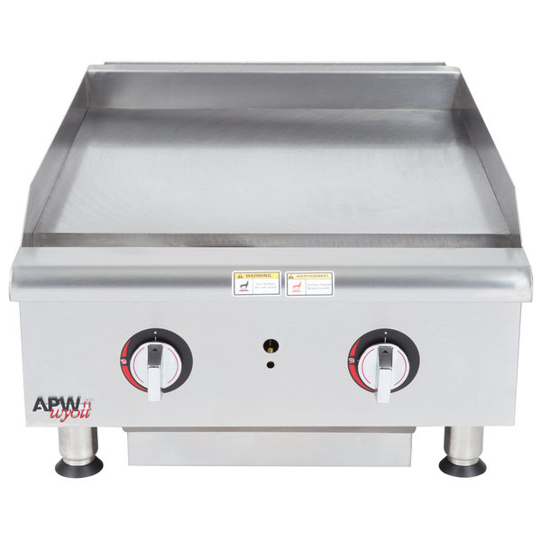 """APW Wyott HTG-2424 Natural Gas 24"""" Heavy Duty Countertop Griddle with Thermostatic Controls - 64,000 BTU Main Image 1"""