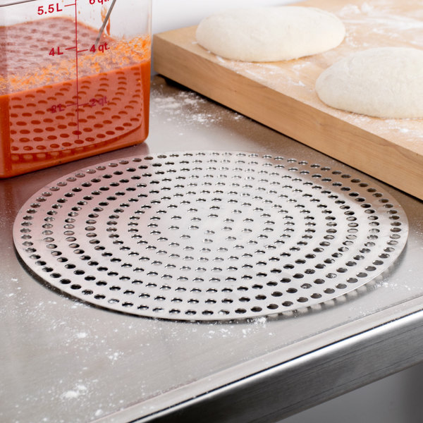 """American Metalcraft 18914SP 14"""" Super Perforated Pizza Disk"""