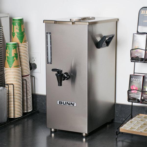 Bunn 03250.0005 TD4T Tall 4 Gallon Square Iced Tea Dispenser with Brew-Through Lid
