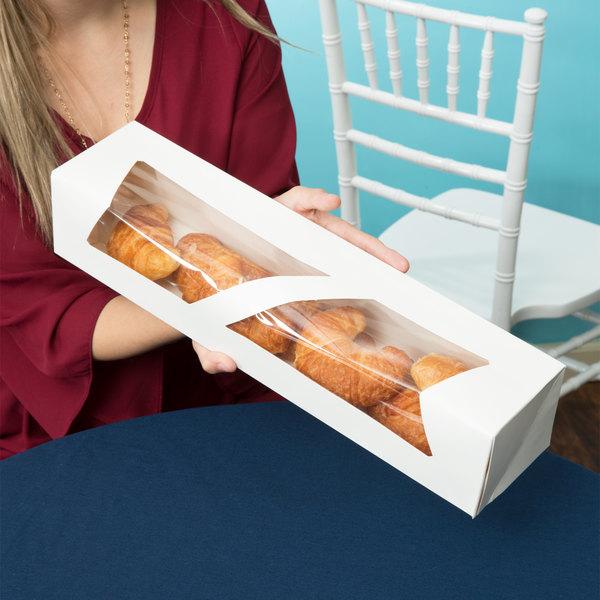 "18"" x 4"" x 3 1/2"" White Auto-Popup Window Donut / Bakery Box - 200/Bundle Main Image 4"