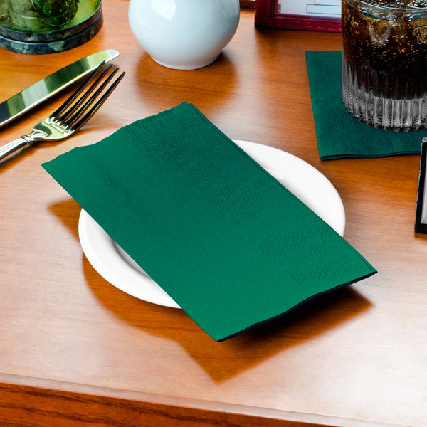 "Hunter Green Paper Dinner Napkin, Choice 2-Ply, 15"" x 17"" - 125/Pack"