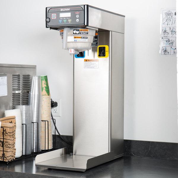 Bunn 41400.0002 ITB Dual Dilution 3 Gallon Iced Tea Brewer with Digital Controls - 120V