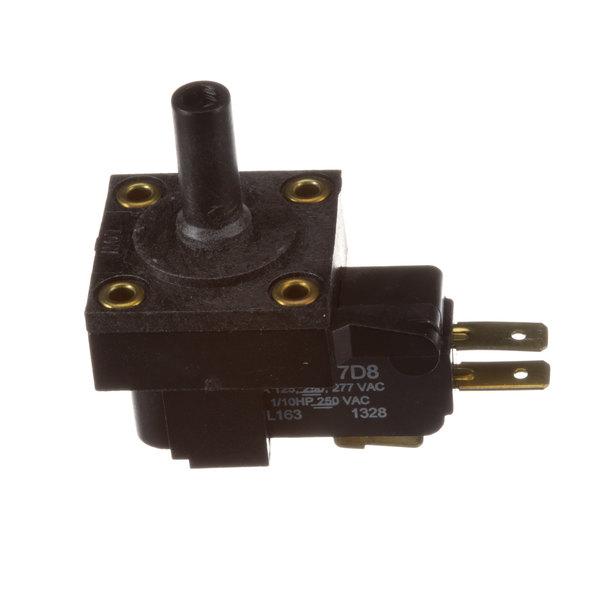Accutemp AT1E-2647-3 Pressure Switch Main Image 1