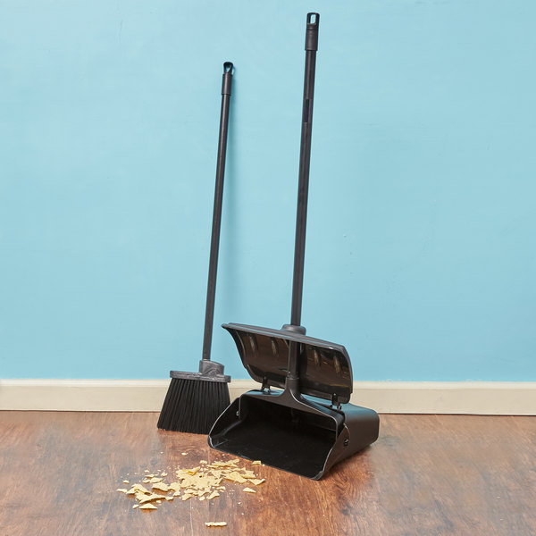 "Carlisle Duo-Sweep 7 1/2"" Lobby Broom with 30"" Handle and Dustpan Main Image 3"