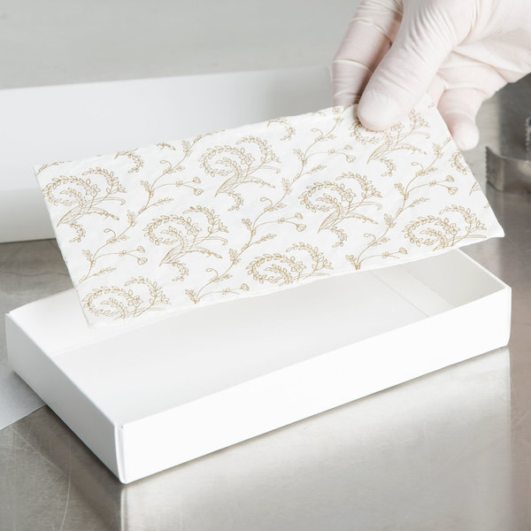"""7 1/2"""" x 3 7/8"""" White 1/2 lb. 3-Ply Glassine Candy Box Pad with Ivory Pattern - 250/Case"""