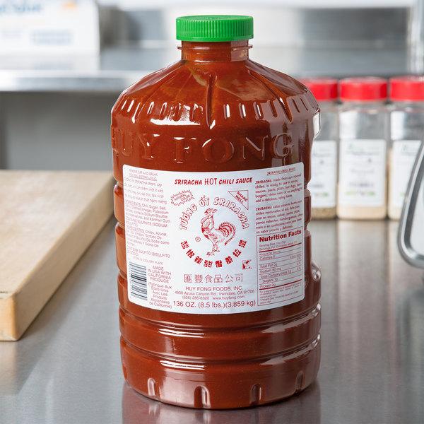 Huy Fong 8.5 lb. Sriracha Hot Chili Sauce - 3/Case