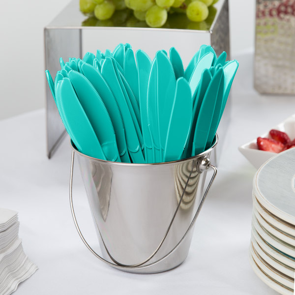 """Creative Converting 324787 7 1/2"""" Teal Lagoon Heavy Weight Plastic Knife - 288/Case"""