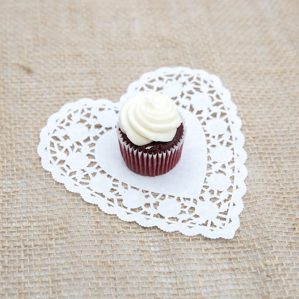 "White 6"" Paper Heart Doilies - 1000/Case"