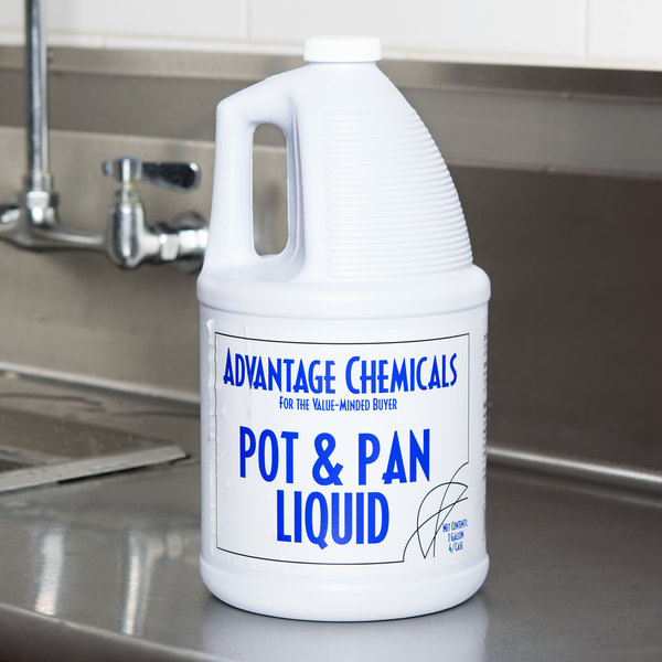 Advantage Chemicals 1 gallon / 128 oz. Pot & Pan Liquid Detergent Main Image 3