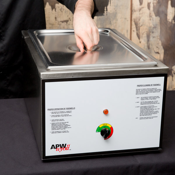 APW Wyott CWM-2V Full Size 22 Qt. Insulated Countertop Food Cooker / Warmer - 120V, 1500W Main Image 9
