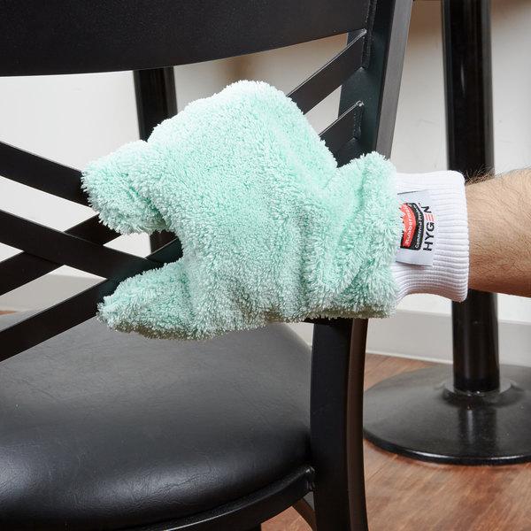rubbermaid fgq65200gr00 hygen green microfiber dusting mitt with thumb